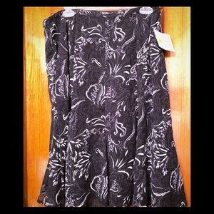 Sag Harbor Skirt Size 14 Black NWT